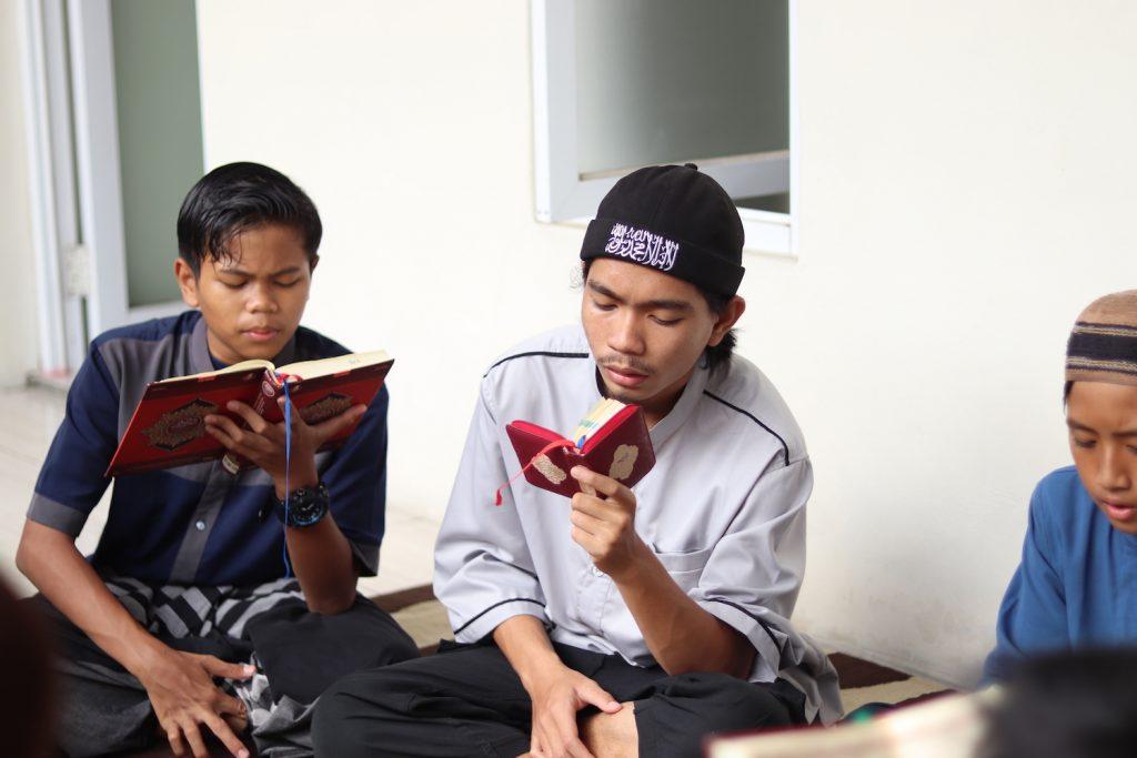 Bagaimana cara menghafal Qur'an sebulan bagi pemula